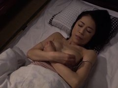 HOT JAPONESE MOTHER IN LAW 3100
